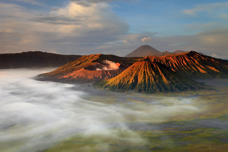 Photo Wallpaper The Bromo Volcano