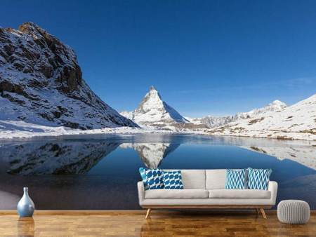 Fotobehang The Riffelsee On Matterhorn